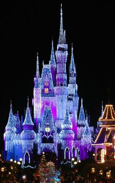 Disney At Christmas! Would love to go and see Disney at Christmas but I am married to propane and winter and vacation doesn't mix ; Disney Vacations, Disney Trips, Disney Parks, Dream Vacations, Walt Disney World, Vacation Spots, Disneyland Vacation, Disneyland Tips, Vintage Disneyland