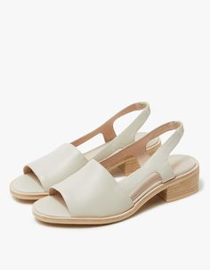 Intentionally Blank / Emat in Bone - From Intentionally Blank, an open toe sandal in Bone. Leather lining. Stacked heel with rubber cap. Open Toe Sandals, Shoes Sandals, Dress Shoes, Women Sandals, Cute Shoes, Me Too Shoes, Minimalist Shoes, Minimalist Wardrobe, Minimalist Style