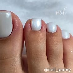 Make an original manicure for Valentine's Day - My Nails Acrylic Toe Nails, Acrylic Nails At Home, Toe Nail Art, Pretty Toe Nails, Cute Toe Nails, Diy Nails, Pink Wedding Nails, Nail Care Routine, Manicure And Pedicure