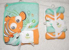 NEW Disney Finding Nemo Baby Hooded Towel & 5 Washcloths, Baby Shower Gift