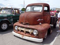 Vintage trucks are the best! #ClassicCars #CTins