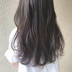 ブリーチなしでもかわいい暗めな髪色♡オリーブアッシュとは? | ARINE [アリネ] Ash Brown Hair Color, Hair Color And Cut, Hair Inspo, Hair Inspiration, Wavy Hair Perm, Hair Arrange, Permed Hairstyles, Gorgeous Hair, Dark Hair