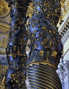 Bernini also scattered bees along the columns, the heraldic symbol of the Barberini family. Bernini Baldacchino, Rome - Photo by gian Sculpture Du Bernin, Bernini Sculpture, Baroque Painting, Baroque Art, Gian Lorenzo Bernini, St Peters Basilica, Sistine Chapel, Children Images, Sacred Art