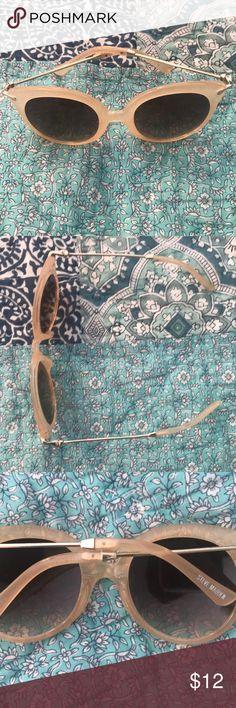 Steve Madden Sunglasses peachy pink plastic frames with gold metal details. never been worn. make an offer!! Steve Madden Accessories Sunglasses
