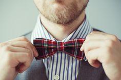 The Tartan Bow-tie Tie A Tie Easy, Funky Fashion, Mens Fashion, Fashion News, Fashion Trends, Tartan, Tie Day, Armani Suits, Blue Bow Tie