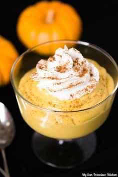 A recipe for vegan pumpkin mousse using tofu and canned pumpkin, sweetened with brown sugar and spices.