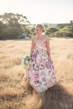 20 Floral Wedding Dresses That Will Take Your Breath Away - Wendy Makin