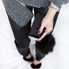 Black raccoon fur Pom Pom