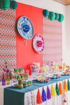 Un candy bar de estilo mejicano a todo color! Party via Kara's Party Ideas… Mexican Party, Themed Parties, Bar Ideas, Party Time, Table Decorations, Boho, Birthday, Sweet, Home Decor