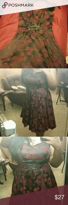 Red and Black Brocade Lace-Up Dress Worn once for homecoming, zips on the side, tight fit for 36 DD, in great condition. Hot Topic Dresses