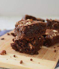Para conquistar corazones, deliciosos brownies para dos. (Para ver la receta, pincha el nombre sobre la foto) COMPARTE! - Angélica (Bizcochos y Sancochos) - Google+
