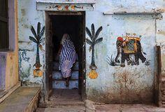 Steve McCurry, Woman in Varanasi, India, 2010, C-type print on Fuji Crystal Archive paper
