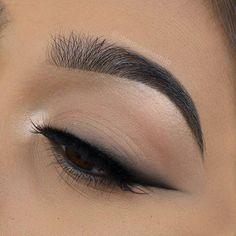 Blended Cat Eyeliner
