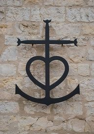 now, this is a good idea for my anchor tattoo. Of course I am using 2 back-to-back Js and then will add this...The mixture of the 3 shapes of cross, heart and anchor are meant to symbolize faith, hope, and love.