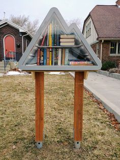 charter 98618 in Salt Lake City, Utah, was originally an old beer cooler! Little Free Libraries, Free Library, Beer Cooler, Diy Home Crafts, Lake City, Garden Art, Utah, Gazebo, Home Improvement