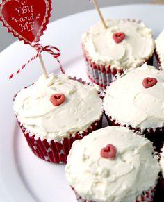 Red Velvet Cupcakes www.babaduck.com