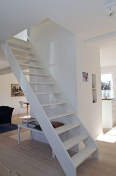 How to draw stairsteps winding or turned stairways guide to stair winders angled stairs - Stairs small spaces gallery ...