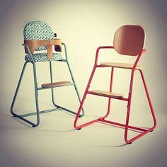 {New} Faites prendre de la hauteur à bébé avec ces chaises hautes évolutives !  En vente ici > http://goo.gl/j8wVUQ  #CharlieCrane #BabyDesign #ChaiseHaute #ChaiseBébé #HighChair #Tibu #Design #Tendance #Repas #Confort #Qualité #Enfant #Kids #Baby #Deco #decobb @decobbstore