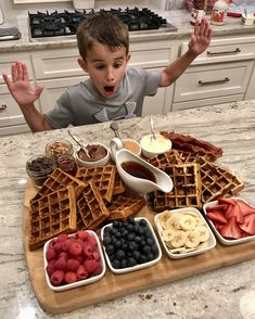 A Build-Your-Own Waffle Board with all the toppings is a fabulous and fun way to serve breakfast, brunch or brinner! Charcuterie Recipes, Charcuterie Board, Nutella Snacks, Party Food Platters, Party Food Buffet, Breakfast Platter, Waffle Bar, Quick Snacks, Food Cravings