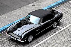 Aston Martin DB 6 Vantage Superleggera