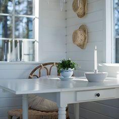 """Gefällt 19 Mal, 2 Kommentare - Sommarbacka / Janina (@sommarbacka.fi) auf Instagram: """"Kaunis kevätilta ✨Toivottavasti teilläkin 🍃 Vacker vårkväll ✨ Hoppas ni också har en lika fin kväll…"""""""