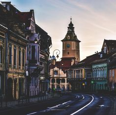 Brasov Romania. 6am Brasov Romania, Chateau Medieval, Fly Around The World, Romania Travel, Future Travel, Travel Aesthetic, Adventure Is Out There, Eastern Europe, Romance
