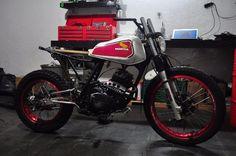 Honda XL 250 scrambler in progress - Luxury Motorcycle! Moto Scrambler, Street Scrambler, Honda 125, Honda Bikes, Honda Motorcycles, Tracker Motorcycle, Moto Bike, Motorised Bike, Brat Cafe