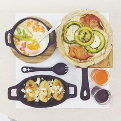 . goooooooood morning friday :-O))) . #goodmorning #morning #breakfast #yummy #goodfood #instafood #onthetable  #homemade #foodie #foodstagram #igfood #foodphotography #foodphoto #yum #2eat2gether #S_S_iloveBreakfast #朝食 #早餐 #goodmorning #早安 #おはようございます #瑪茲酪梨火腿乳酪鹹派 #鹹派 #creamy_cheese_avocado_ham_quiche #quiche #キッシュ