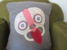 Was given a cream blanket that has a groovy red stripe and had to make a Tiki head cushion. Tiki Head, Maori Designs, Nz Art, Maori Art, Kiwiana, Cushions, Pillows, Wool Blanket, Fabric Design