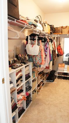 Walk in Closet Organization - This is how you make a spare bedroom a walk in closet dressing room. Organizar Closet, Closet Tour, Master Bedroom Closet, Spare Room Closet, Diy Walk In Closet, Small Master Closet, Teen Closet, Entryway Closet, Dream Closets