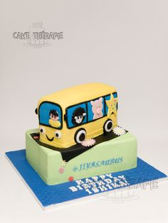 Buttercream Filling, Swiss Meringue Buttercream, Custom Cakes, Butter Dish, Cupcake Cakes, Birthdays, Birthday Cake, Homemade, Baking