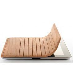 Proteggi il tuo Ipad con questa fantastica cover. http://www.lapolitica.org/ipad-cover-miniot-wood
