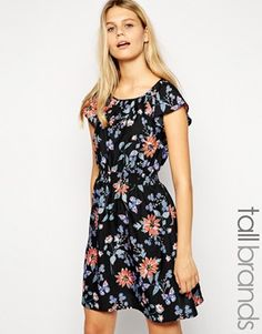 New Look Tall Flutter Sleeve Printed Dress