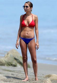 Nicole Richie wearing House of Harlow 1960 Janis Sunglasses  Santa Barbara July 8 2013