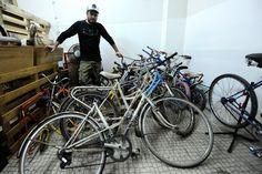 Uma oficina que é uma viagem pelo mundo das biclas.    http://sub954bikes.wix.com/site