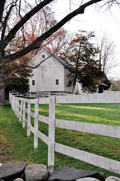 | An Old-Fashioned Barn-Raising