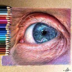 Ojo pintado con lápices de colores y que podría entrar en lo llamado como hiperrealismo