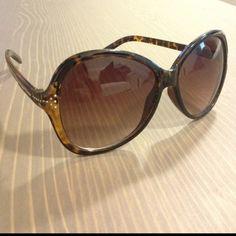Large Frame Vintage Sunglasses