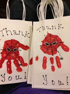 Spiderman party favor bags-handprint More from my siteSpiderman Birthday Party! Tablescape – Children Parties- Red and BlueModern Spiderman Party Fourth Birthday, 6th Birthday Parties, Birthday Fun, Avengers Birthday, Superhero Birthday Party, Spider Man Birthday, Spider Man Party, Superhero Party Bags, Spy Party