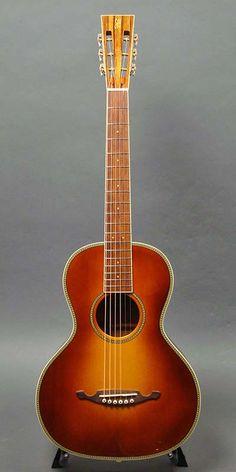 John How Guitars Model LBC (2012) : Red Spruce top, Figured Mahogany back & sides.