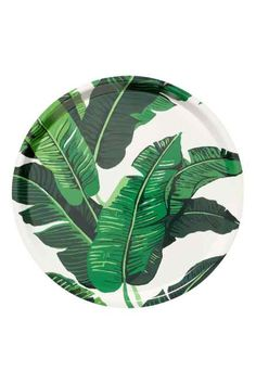 Patterned tray: Round tray in laminated cardboard with a pattern on the top. Living Room Interior, Kitchen Interior, Green Leaves, Plant Leaves, Hawaiian Party Decorations, Style Deco, H & M Home, Round Tray, Living Room Inspiration