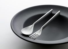 PREVIOUSNEXT    DUNE: FLATWARE INSPIRED BY MOLECULAR GASTRONOMY