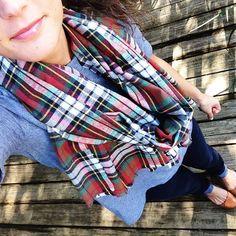 wiw: #sandyseaturtle blanket scarf, check the shop for many more!} #sandyseaturtle #etsy #getsandy #blanketscarf #fallfashion #whatimwearinf #fblog #fashionblog #scArf #fall #preppy #prep #prepstyle