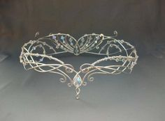 Fantasy Style Wedding Tiara selling in Medieval Bridal Fashion (via twitter: @YourMuseBot) Site link: http://www.medievalbridalfashions.com/