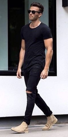 Weekend style // city boys // mens fashion // menswear // urban men // stylish men // - Tap the link to shop on our official online store! Beige Chelsea Boots, Chelsea Boots Outfit, Botas Chelsea, All Black Fashion, All Black Outfit, All Black Male Outfits, Mode Masculine, Stylish Men, Men Casual