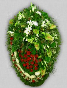 похоронные венки из живых цветов Flowering Vines, Christmas Wreaths, Holiday Decor, Flowers, Climbing Flowering Vines, Royal Icing Flowers, Flower, Florals, Flower Vines