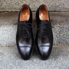 "roseandborn: ""Formal Tuesday! First MTO arrival for the season. A adelaide oxford in black calf leather on the 341 last. #roseandborn #crockettandjones """