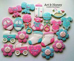 Cookies for little babies Honey Cookies, Iced Cookies, Cut Out Cookies, Cupcake Cookies, Cupcakes, Baby Girl Cookies, Baby Shower Cookies, Baby Girl Themes, Cookie Pops