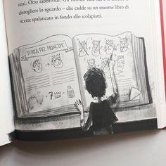 Alfie Onion in Italian ✨🇮🇹🙌🏻 @fivekingdoms #vivianfrench #martakissi #alfieonion #ottocipolla #leavventurediottocipolla #characterdesign #kidsillustration #middlegrade #artistsoninstagram #photo