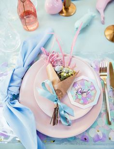 We're loving the feminine + whimsical wedding inspiration in today's editorial with pops of iridescent details and rainbow pastel colors! Whimsical Wedding Inspiration, Table Setting Inspiration, Wedding Trends, Wedding Designs, Wedding Ideas, Decor Wedding, Wedding Vows, Wedding Shoot, Wedding Pictures